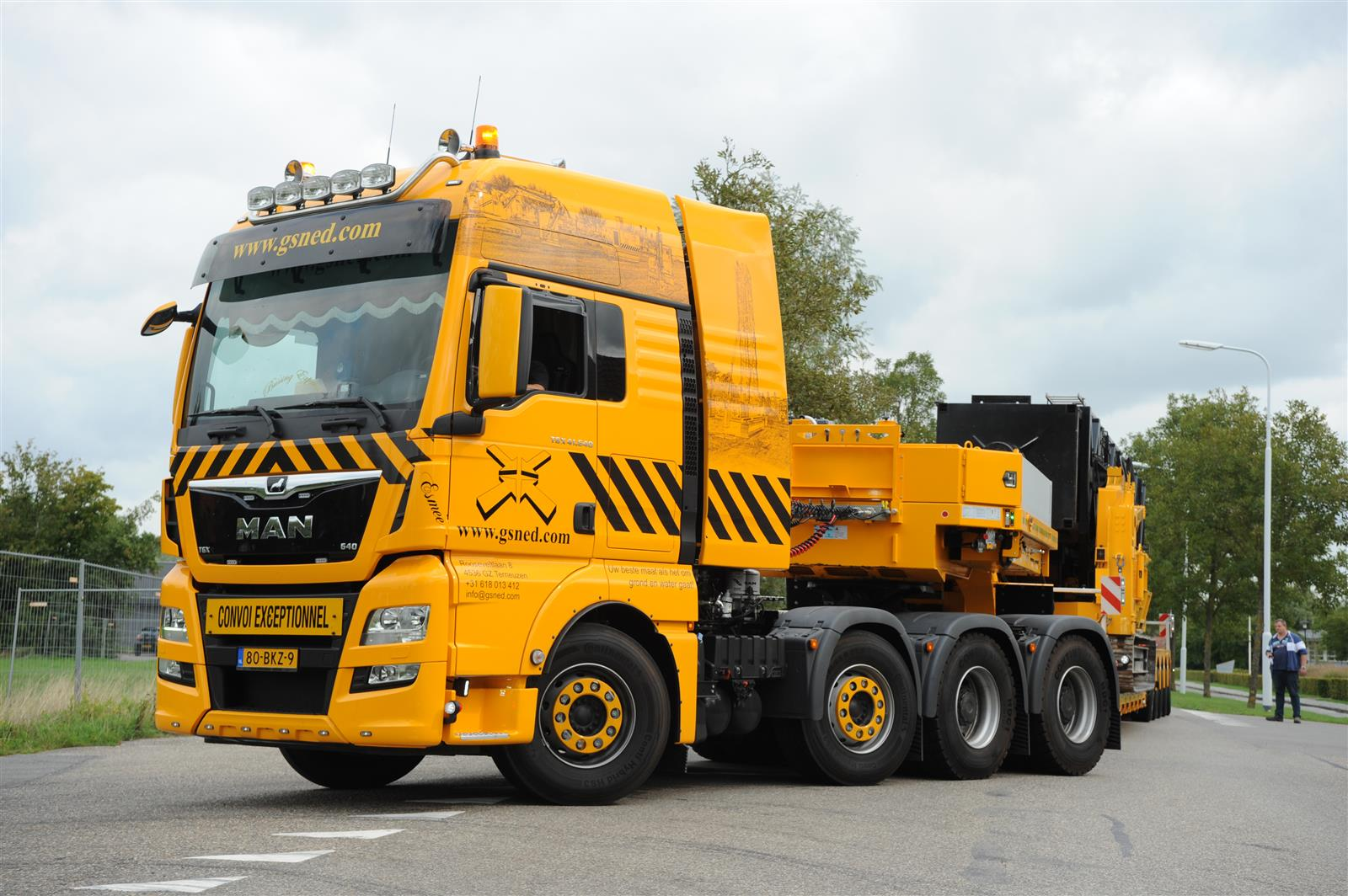 MAN TGX 8X4-4 41.640 Heavy Transport Truck - GSNED